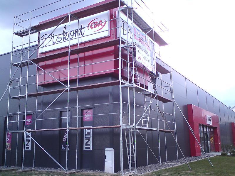 Lešenie apojazdná veža CBA Bojnická cesta Prievidza