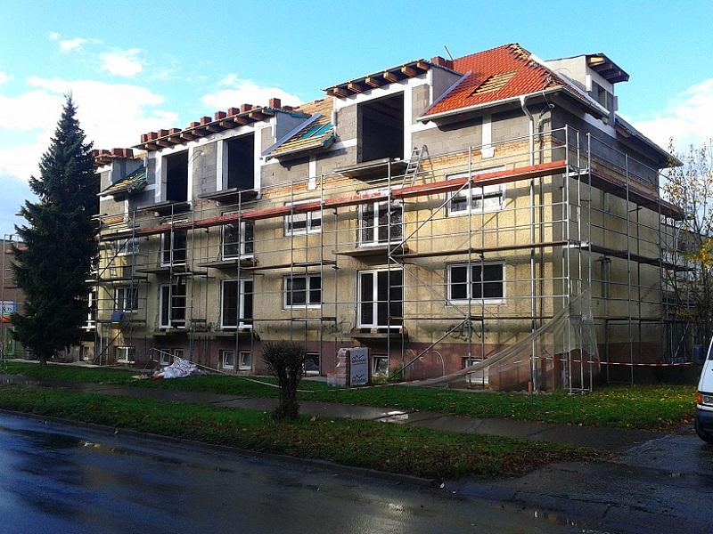 Nadstavba aprerábka bytového domu vPrievidzi pre TKBČ s.r.o. Prievidza