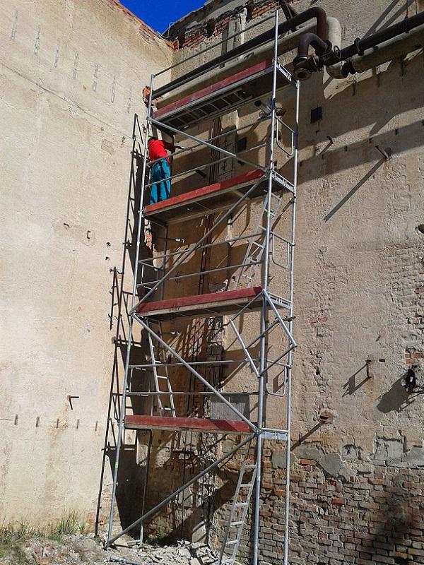 Oprava betónových pilierov vo Fortischem a.s. Nováky pre Ecoflex s.r.o. Prievidza