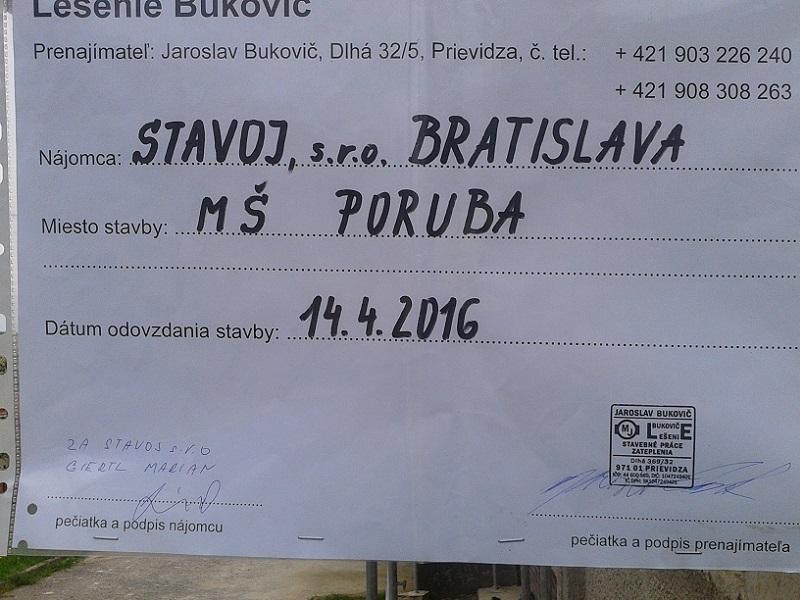 Prenájom lešenia pre zateplenie MŠ Poruba pre Stavoj s.r.o. Bratislava