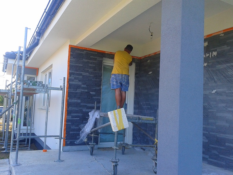 Renovácia arevitalizácia novej fasády RD Veľké Bielice