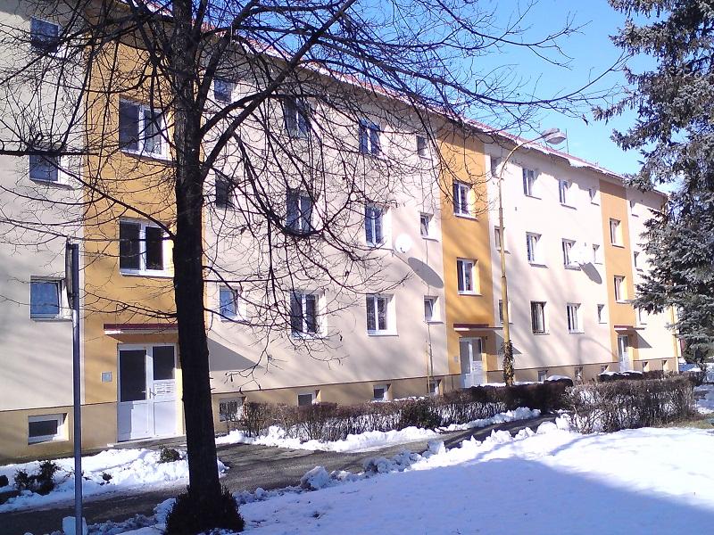 Revitalizácia obytného domu Prievidza